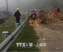 Các tuyến quốc lộ từ Thanh Hóa đến Nghệ An ngập sâu gây ùn tắc giao thông
