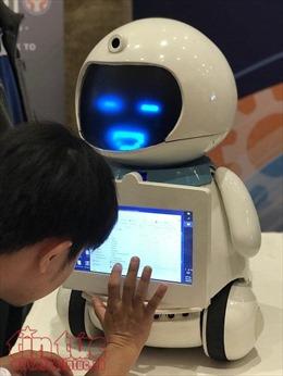 Hàng loạt sản phẩm công nghệ 4.0 có mặt tại triển lãm toàn cảnh CNTT