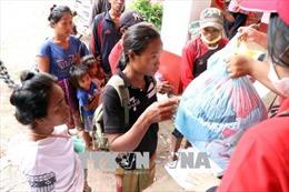 Khó khăn ở Sanamxay những ngày sau vụ vỡ đập thủy điện