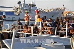 Libya giải cứu gần 600 người di cư trên biển