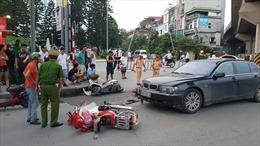 Nữ tài xế lái xe sang gây tai nạn liên hoàn
