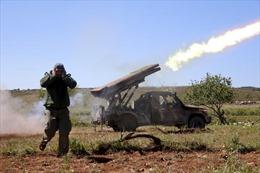 Phiến quân 'cả gan' tấn công tên lửa căn cứ quân đội Syria đang vây Idlib