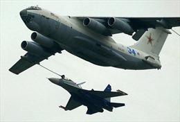 Máy bay Nga tiếp liệu 'điêu luyện' trong cuộc tập trận lớn nhất ngoài khơi Syria