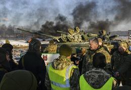Ukraine bất ngờ tố chiến đấu cơ Su-30 Nga nã rocket vào 3 tàu hải quân