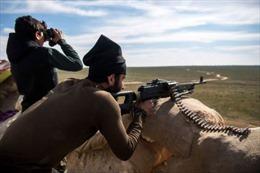 IS co cụm trong chưa đầy 1km2, tử chiến với liên quân Mỹ