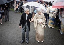 Hành trình 85 năm đi cùng nước Nhật của Nhật hoàng Akihito