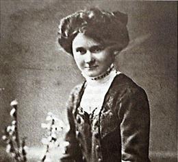 Cuộc đời bình lặng, khép kín của em gái trùm phát xít Hitler