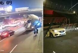 Khoảnh khắc kinh hoàng cầu đổ sập xuống đường cao tốc Trung Quốc