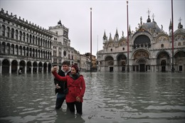 Venice đối mặt với hiểm họa thủy triều dâng, đâu chỉ do biến đổi khí hậu