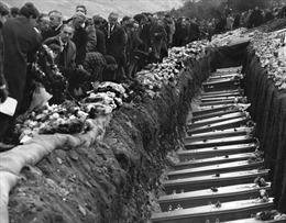 Thảm kịch bùn than ở Anh làm 144 người thiệt mạng