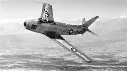 Phi công Mỹ suýt gây chiến tranh hạt nhân với Liên Xô