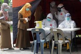 Dịch COVID-19 tại ASEAN hết 22/6: Campuchia cấp tiền cho người nghèo, Thái Lan thử vắc-xin