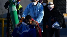 Vật lộn với COVID-19, Mỹ Latinh đối diện thảm họa suy thoái, đói nghèo