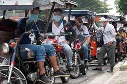 COVID-19 hết 23/8 tại ASEAN: Philippines gần 3.000 ca tử vong, Thái Lan tính đeo vòng định vị khách quốc tế