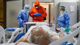 4 thay đổi mà bác sĩ Mỹ thực hiện để điều trị bệnh nhân COVID-19 tốt hơn