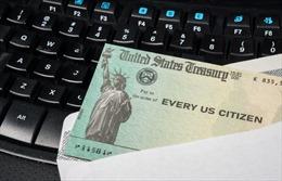 Người Mỹ tạm thở nhẹ với 'phao cứu sinh' 600 đô-la