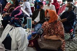 COVID-19 tại ASEAN hết 6/3: Ca tử vong vượt 54.000; dịch tại Philippines 'nóng' trở lại
