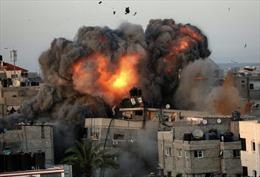 Israel mở 60 cuộc không kích Gaza, Hamas nhắm rocket vào căn cứ IAF