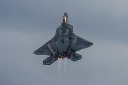 Sơn gốm 'cứng hơn cát' giúp máy bay chiến đấu tàng hình 90%