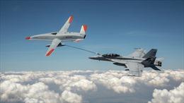 Kinh ngạc drone tiếp nhiên liệu cho chiến đấu cơ Mỹ lần đầu tiên trong lịch sử