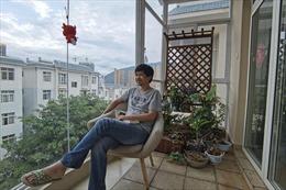 'Nằm bẹp' – cách giới trẻ Trung Quốc phản kháng với áp lực