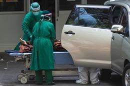 COVID-19 tại ASEAN hết 18/7: Gần 1.600 người chết/ngày; Indonesia báo động bác sĩ tử vong