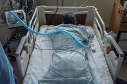 COVID-19 tới 6h sáng 1/9: Mỹ vượt 40 triệu ca bệnh, lại dẫn đầu thế giới cả ca mắc và tử vong mới