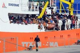 Vấn đề người di cư: Italy phát hiện 42 người nhập cư bị bóc lột sức lao động