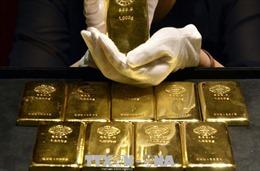 Giá vàng thế giới giảm khi nhu cầu USD tăng cao