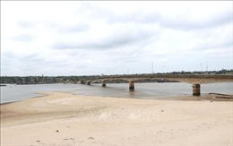 Quảng Trị tập trung xử lý cấp bách bồi lấp cửa sông, bờ biển sạt lở