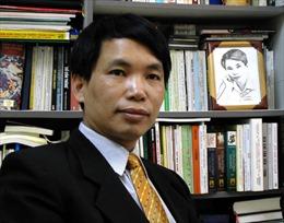 Hai kỷ lục Quốc gia mới của nhà văn Đặng Vương Hưng, nhà thơ Trương Nam Chi