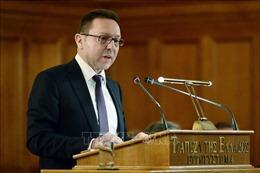 Hy Lạp sẽ sớm dỡ bỏ hạn chế rút tiền mặt và kiểm soát vốn