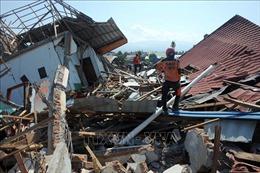 Động đất, sóng thần tại Indonesia: Số nạn nhân thiệt mạng đã lên tới khoảng 2.000 người