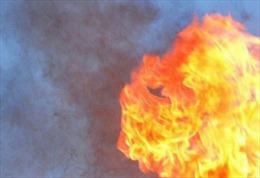 Cháy xưởng gỗ tại Đồng Nai, nhiều nhà xưởng bị lửa thiêu rụi