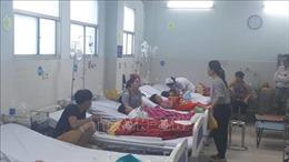 TP Hồ Chí Minh: 30 trẻ em nhập viện sau khi ăn bánh mì chà bông