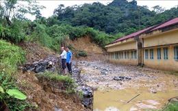 Thấp thỏm lo sạt lở điểm trường phổ thông dân tộc bán trú ở Na Hang
