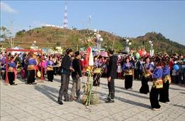 Giữ gìn bản sắc văn hóa của người Kháng ở Sơn La