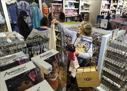 Mỹ: Doanh số bán lẻ trong mùa lễ hội tăng mạnh nhất trong 6 năm