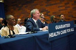 New York 'hồi sinh' chương trình chăm sóc sức khỏe 'Obamacare'
