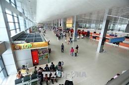 Sân bay Nội Bài thử nghiệm phân luồng hành khách nhằm giải quyết ùn tắc