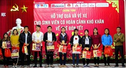 Thiết thực hỗ trợ sinh viên hoàn cảnh khó khăn về quê đón Tết