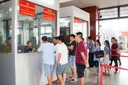 Rút ngắn thời gian làm thủ tục xuất, nhập cảnh qua biên giới Việt Nam - Lào