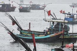 Hai cha con rơi xuống biển mất tích tại Hà Tĩnh: Đã tìm thấy thi thể người cha