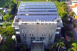 Tháo gỡ rào cản thu hút đầu tư điện mặt trời áp mái