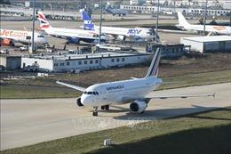 Máy bay của Air France phải hạ cánh khẩn cấp