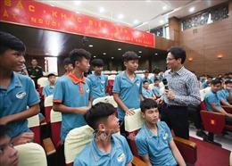 Phó Thủ tướng Vũ Đức Đam: Tập trung phát triển bóng đá trẻ chuyên nghiệp và bền vững