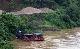 Khai thác cát làm sạt lở bờ sông Chảy, doanh nghiệp sẽ bị rút giấy phép hoạt động