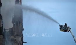 Đã dập tắt hoàn toàn đám cháy ở Nhà thờ Đức Bà Paris
