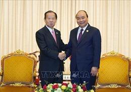 Thủ tướng Nguyễn Xuân Phúc tiếp Tổng Thư ký Đảng Dân chủ tự do Nhật Bản