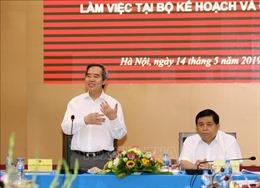 Đoàn Tiểu ban Văn kiện làm việc với Ban cán sự đảng Bộ Kế hoạch và Đầu tư